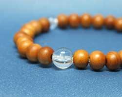 念珠ブレスレット一位6mm珠水晶仕立